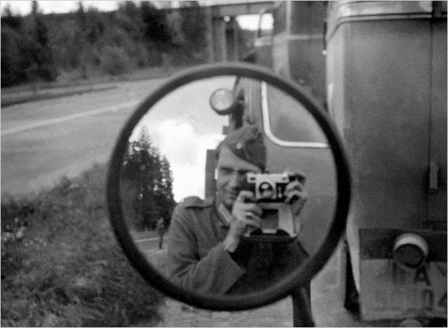 Les appareils photos et la reconstitution. - Page 2 Nazi-4-popup1