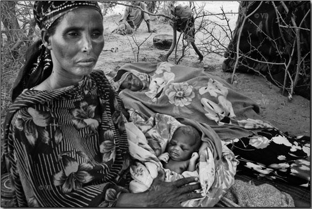 war and social upheaval: World War II India Bengal famine
