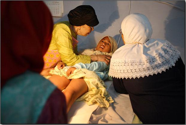 By Ebrahim Heidari August 17, 2011 Circumcision genitals Indonesia ...
