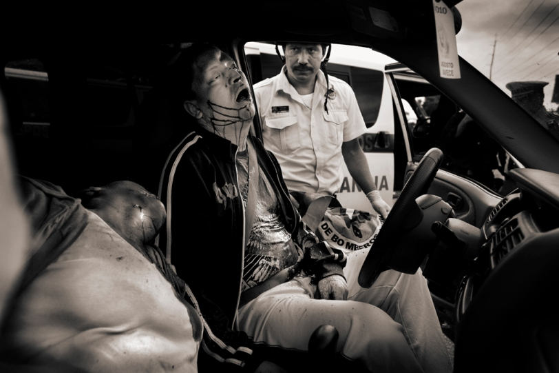 The famous drug dealer, Jose Francisco Villahermosa together with his wife and two sons were killed by gunshot in the late afternoon in zone 2 in Guatemala City. Photo by Javier Arcenillas